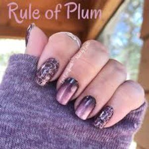 Color Street Nail Strips - Rule of Plum